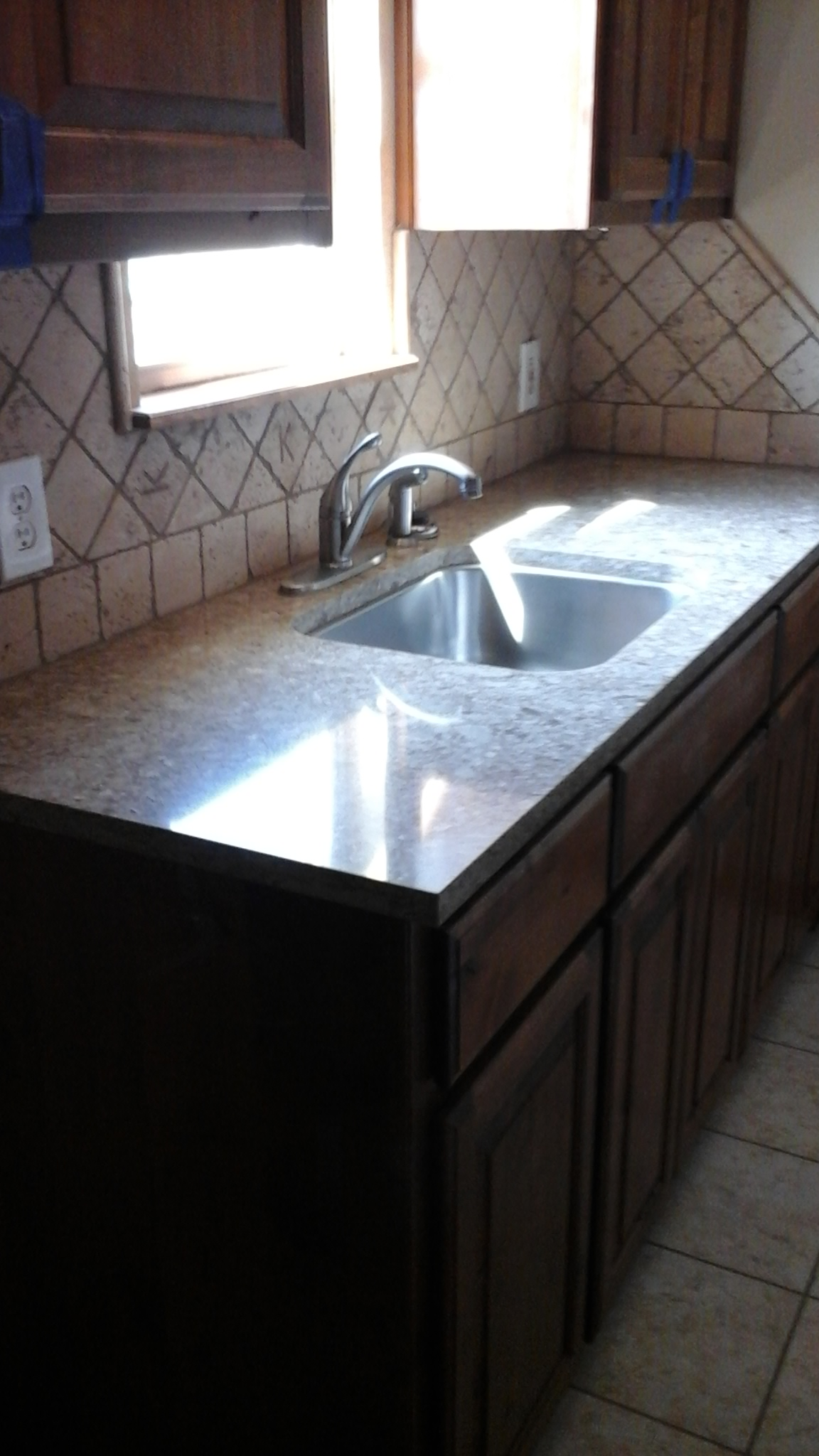 Granite/Undermount Sink