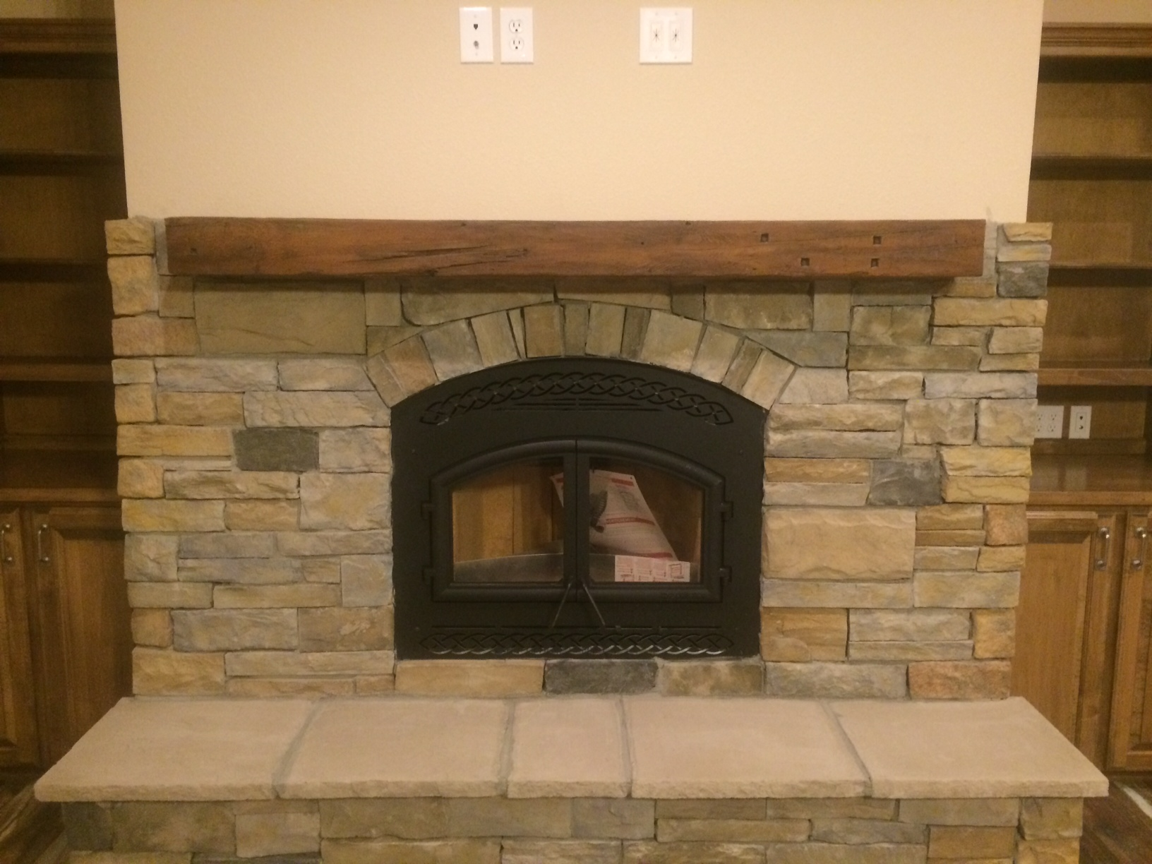 EPA Fireplace/Conc Mantel